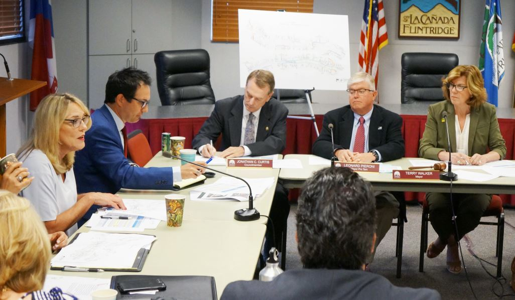 Photo by Mirjam Swanson / OUTLOOK L.A. County Supervisor Kathryn Barger (left) and Dave Perry address LCF officials, including City Council members Jonathan Curtis, Leonard Pieroni and Mayor Terry Walker, on Wednesday. They discussed a variety of local issues, including funding options for sound walls.