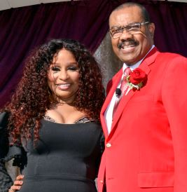 Photo courtesy Tournament of Roses Tournament of Roses President Gerald Freeny chose the 2019 Grand Marshal as singer, songwriter and philanthropist Chaka Khan.